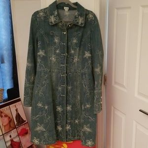 Cache Jean decorative coat